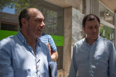 El Ejecutivo llegó a un acuerdo con el sindicato de municipales