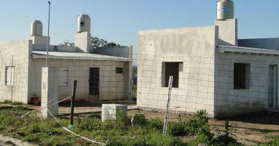 Las usurpaciones de viviendas diluyen el traslado de la Villa de Paso