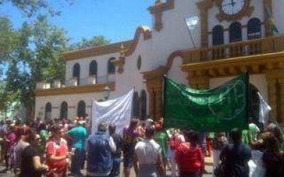 Chascomús: Paro de municipales en reclamo del bono de fin de año
