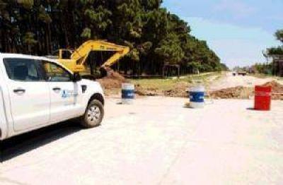 Se pusieron en marcha las obras para asfaltar la avenida 10 entre 99 y 117