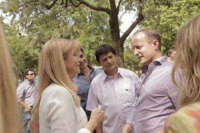 Insaurralde recibió a diputados y senadores en el Parque de Lomas
