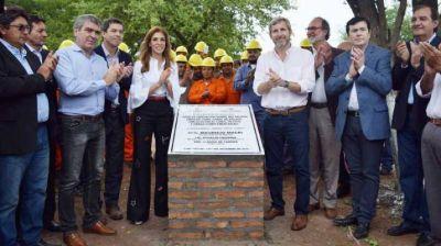 La Gobernadora y Rogelio Frigerio destacaron la obra del azud en Cruz Bajada