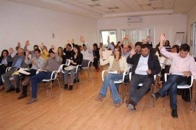 El oficialismo logró la aprobación del presupuesto y la remoción de Donati
