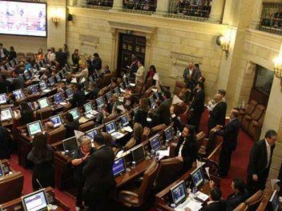 El Congreso colombiano aprobó la Ley de Amnistía