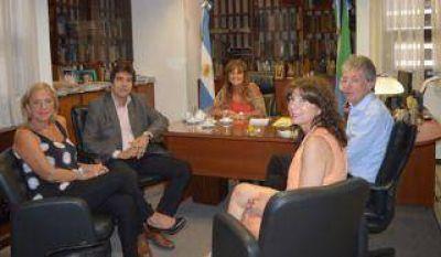 Compromiso de Grillo para propiciar una reunión por el Presupuesto 2017