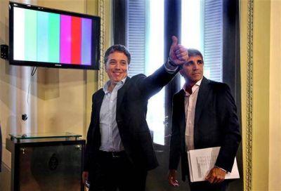 Macri planea cambios en el IVA y en el impuesto al cheque