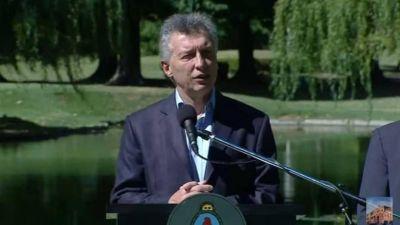 """Macri """"ministro de Economía"""": más déficit, deuda y obra pública"""