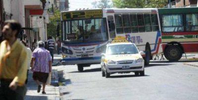 Desde este domingo ya será más caro viajar en colectivo y taxi