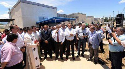 Inauguraron un barrio de 34 viviendas en la localidad de Trancas