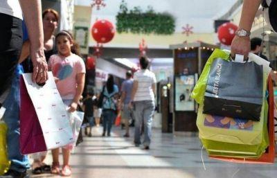 Las ventas minoristas cayeron 5.4% en diciembre