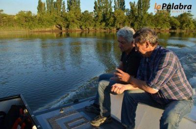 Zara recorrió el rio Negro y la planta de tratamiento de líquidos cloacales