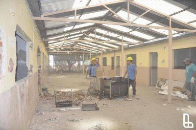 Durante el verano repararán unas 30 escuelas de Lanús