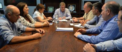 Servicio de energía eléctrica: Gay se reunió con representantes de EDES y OCEBA