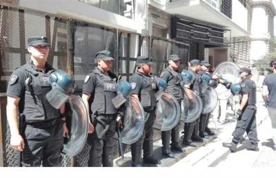 Tras una protesta en el ministerio de Educación, ATE llamó a un paro de 24 horas