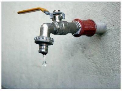 Se incrementan los reclamos de los vecinos por falta de agua