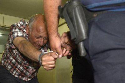 """Denuncian que Viglione """"coimeó"""" a guardiacárceles para estar mejor en la Unidad Penal 44"""