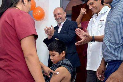 Comenzó la campaña de vacunación contra la meningitis
