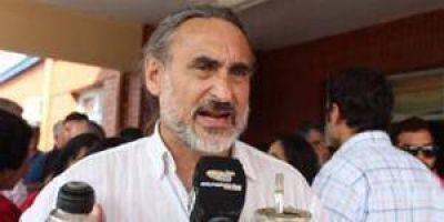 Para Basterra el calendario nuevo de feriados beneficia a los capitales financieros