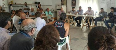 El Intendente se reunió con vecinos de Los Chañares y prometió solucionar problemas del sector