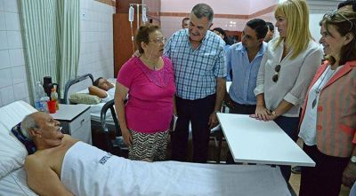 Jaldo entregó equipamiento en el hospital de Los Ralos