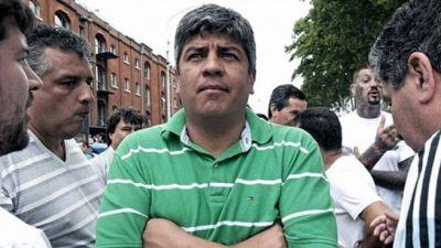 """Pablo Moyano: """"Dujovne va a entrar en guerra con el gremio de los camioneros"""""""