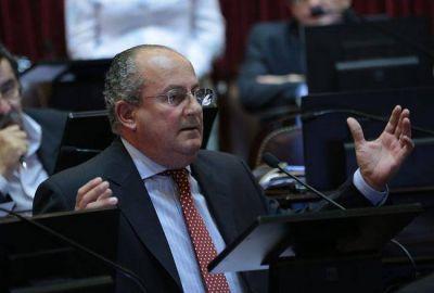 Marino pide reglamentar una ley que coordina la ayuda del Estado