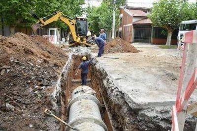 Continúan las obras hidráulicas en distintos barrios de la ciudad