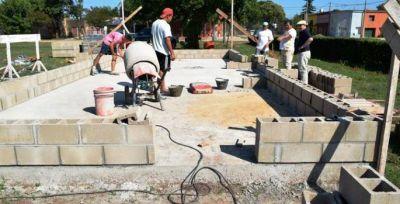 Se construyen cantinas y boleterías en el predio del Parque República de Brasil