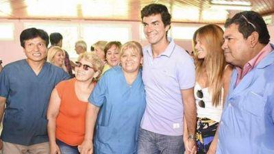 Juan Manuel Urtubey reconoció la labor de agentes sanitarios en Pichanal