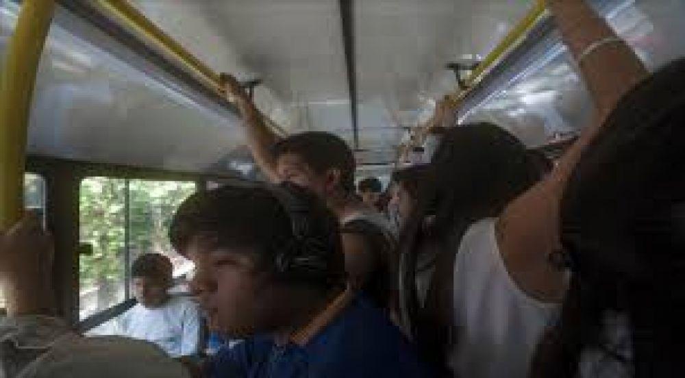 Subió el boleto de Saeta y las personas que viajan cuatro veces al día deberán gastar 472 pesos por mes