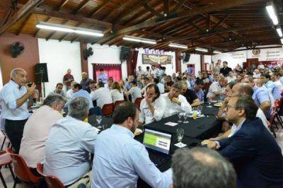 Vidal pone a Joaquín de la Torre como interlocutor con los intendentes y baja línea para la campaña