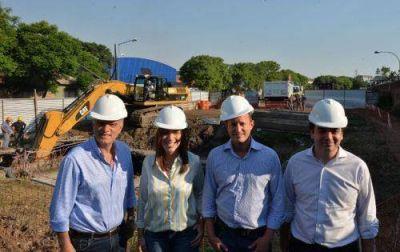Martín recorrió las obras del Arroyo Galíndez junto con Vidal y Grindetti