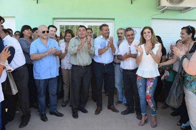 La Gobernadora inauguró el moderno edificio del Hospital de Tránsito y entregó viviendas sociales en Santos Lugares