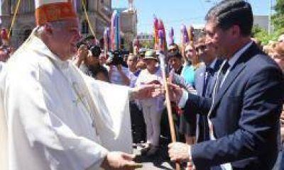 El gobierno riojano salió a responderle a Paredes Urquiza