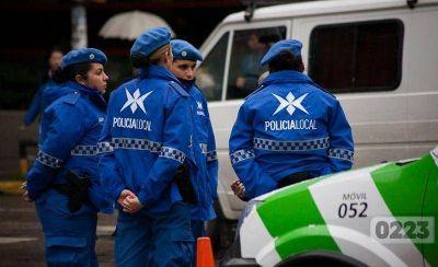 Desafectaron a dos policías locales de Mar del Plata por truchar títulos secundarios