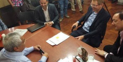 Salazar pidió al presidente del Banco Provincia alternativas de crédito para el sector frutícola