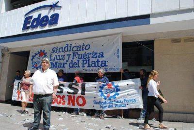 Movilización de trabajadores ante EDEA y amenaza de parar toda la organización