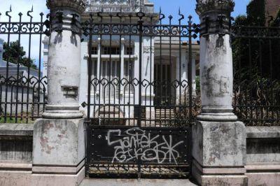 El Concejo sí puede expropiar la casa Sucar, afirma Alfaro