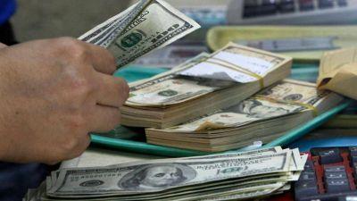 Se podrá comprar dólares en cualquier banco en efectivo