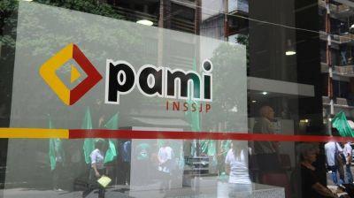 Nuevas críticas a la decisión del PAMI de revisar la entrega de medicamentos gratis a jubilados