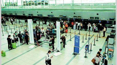 Aeroparque: no hay vuelos de LATAM por una medida de fuerza
