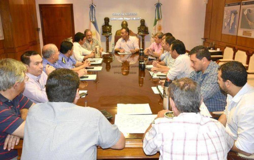 El Vicegobernador encabezó reunión de trabajo para abordar inundaciones en el Sudoeste, seguridad y salud
