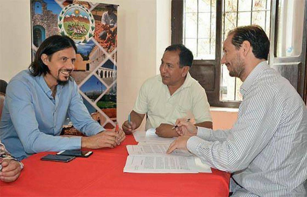 Cachi y Payogasta firmaron convenios de obras en el marco del Plan Bicentenario