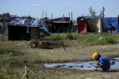 Provincia: suspenden por un año los desalojos en villas y asentamientos