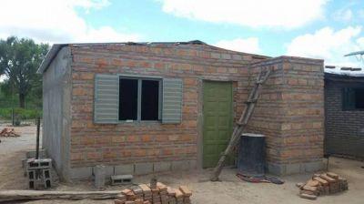 San Pedro de Guasayán avanza en la construcción de viviendas sociales