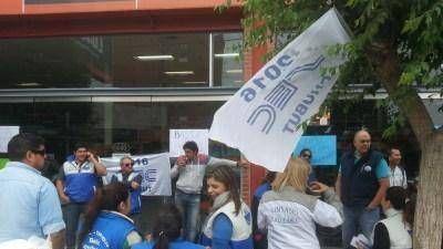 Lucaioli con despidos y salarios en cuotas en Chubut