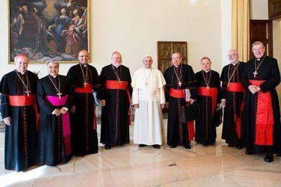 Francisco ha destituido a varias personas en la Curia Romana que murmuraban contra él