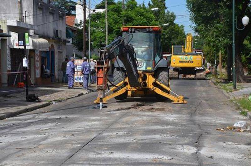 Comenzó la repavimentación en Paraná, calle límite de San Isidro y Vicente López