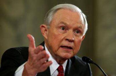 Fiscal general de Trump rechaza la prohibición de ingreso de los musulmanes a los EU.UU