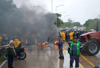 Trabajadores cortaron ayer la ruta 34